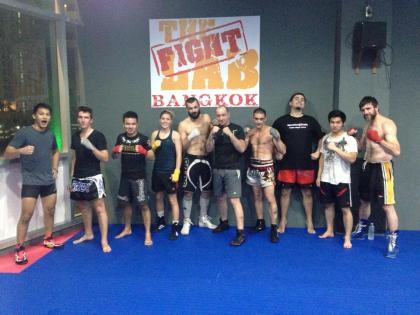 Team spirit at Bangkok Fight Lab