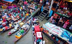 Ampawa Floating Market (pic: TourismThailand.org)
